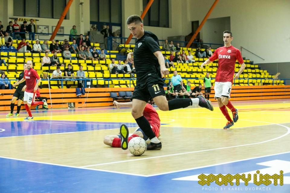 Svarog překvapení nedopustil a postoupil přes Rapid do finále Krajského poháru.